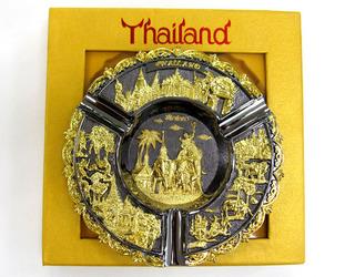 タイの黄金の灰皿.JPG